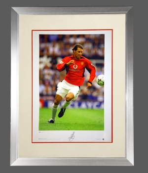 *New* Ruud Van Nistelrooy Manchester United Signed Photograph In A Frame : A