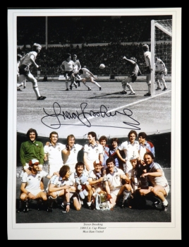 Trevor Brooking Signed West Ham United 12x16 Football Photograph : B