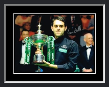 Ronnie O'Sullivan Signed And Framed Snooker Photograph : A
