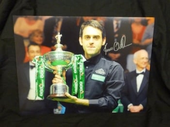 Ronnie O'Sullivan Signed Snooker Large Photograph D