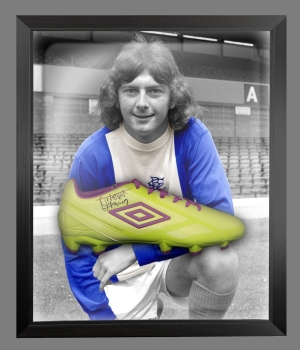 *New* Trevor Francis Signed Green Umbro Football Boot In A Acrylic Dome Frame: E