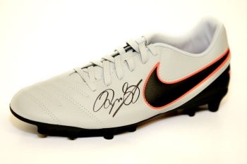 Ryan Giggs Manchester United Hand Signed Nike Football Boot