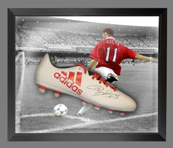 Ryan Giggs Signed Adidas Football Boot in an Acrylic Dome Frame : B