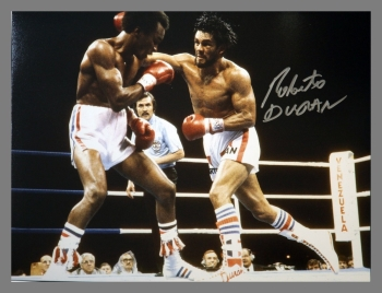 Robert Duran Signed Boxing 12x16 Photograph : F