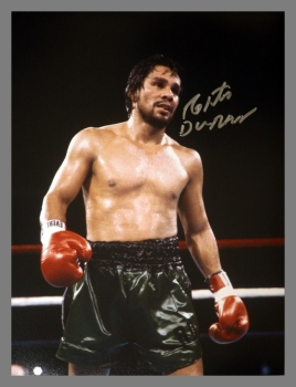 Robert Duran Signed Boxing 12x16 Photograph : B