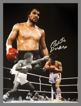 Robert Duran Signed Boxing 12x16 Photograph : A