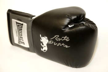 Roberto Duran Hand Signed Black Boxing Glove