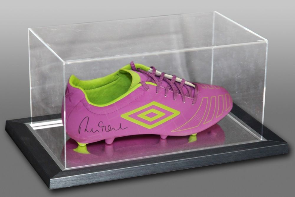 Robbie Fowler Signed Umbro Football Boot Presented In An Acrylic Case