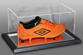 Robbie Fowler Signed Orange Umbro Football Boot Presented In An Acrylic Case