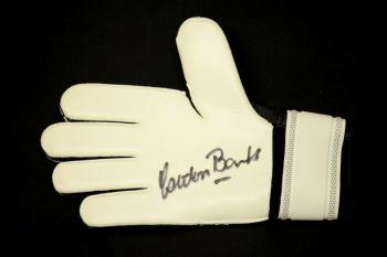 Gordon Banks Signed Goalkeepers Glove