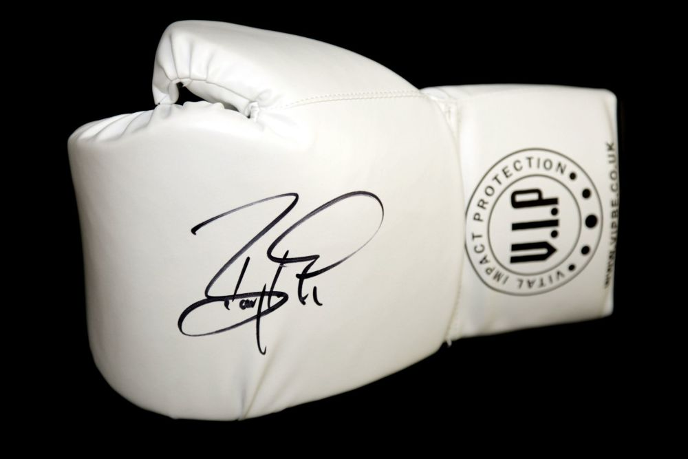 Barry McGuigan Hand Signed White Vip Boxing Glove