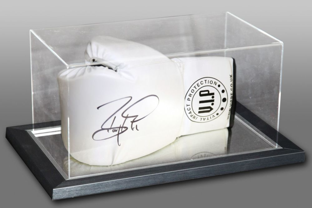 Barry McGuigan Hand Signed White Vip Boxing Glove In An Acrylic Case