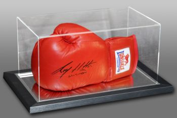 Ricky Hatton Hand Signed Red lonsdale Boxing Glove In An Acrylic Case