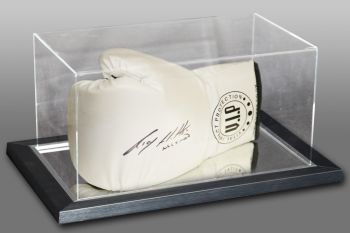 Ricky Hatton Hand Signed White Vip Boxing Glove In An Acrylic Case