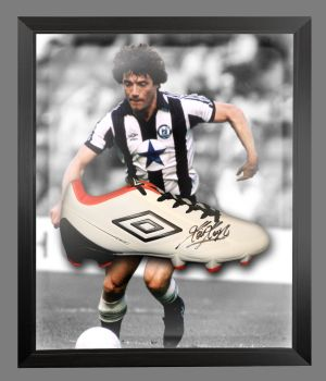 Kevin Keegan Signed Football Umbro Boot In An Acrylic Dome Frame : B