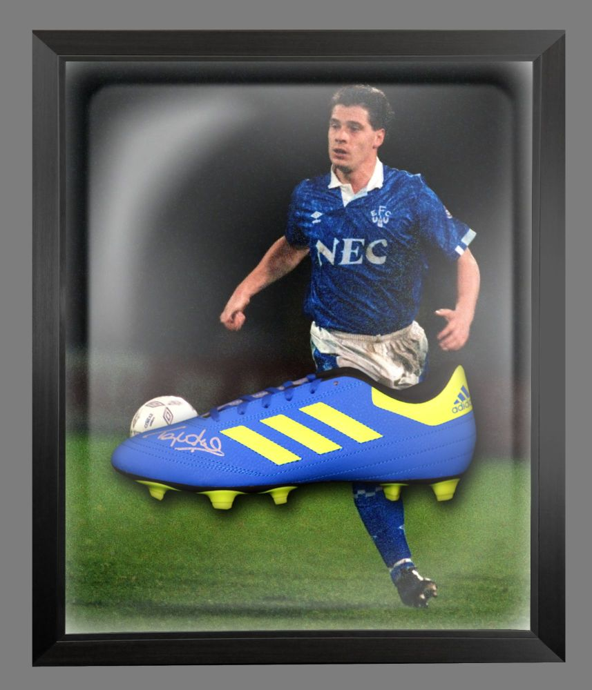 Tony Cottee Signed Football Adidas Boot In An Acrylic Dome Frame : A