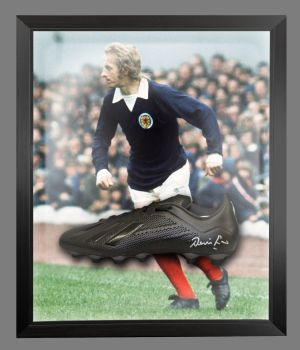 Denis Law Signed Black Football Boot in an Acrylic Dome : C