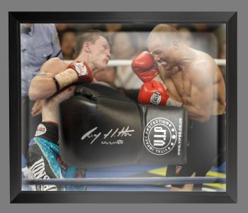 Ricky Hatton Signed Black Vip Boxing Glove Presented In A Dome Frame : B