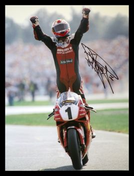 Carl Fogarty Ducati Signed 12x16 Photograph : C