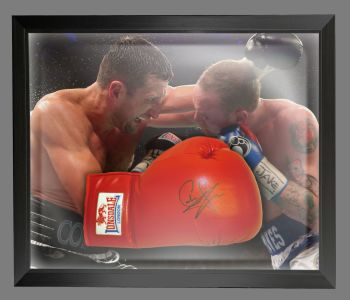 Carl Froch Signed Red Everlast Boxing Glove In A Dome Frame : C
