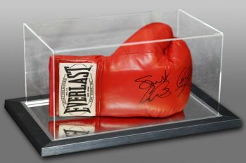 Carl Froch & George Groves Dual Signed Boxing Glove In An Acrylic Case : B