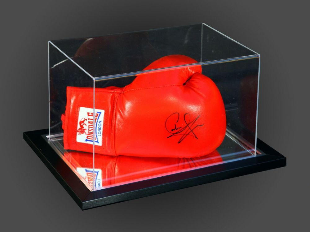 Carl Froch Signed Red Lonsdale Boxing Glove In An Acrylic Case