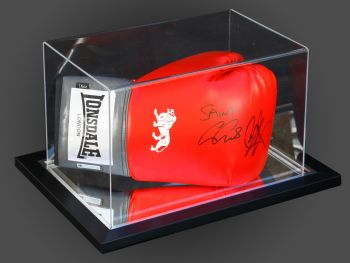 Carl Froch & George Groves Dual Signed Boxing Glove In An Acrylic Case : C