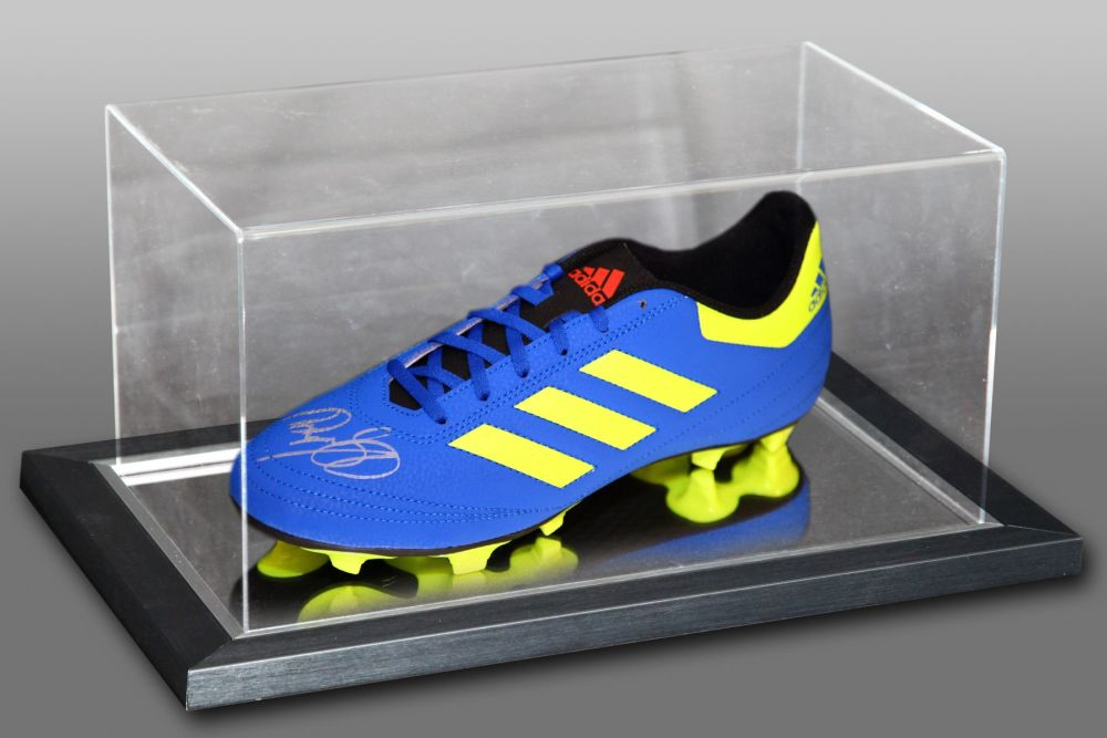 Ryan Giggs Hand Signed Football Boot Presented In An Acrylic Case