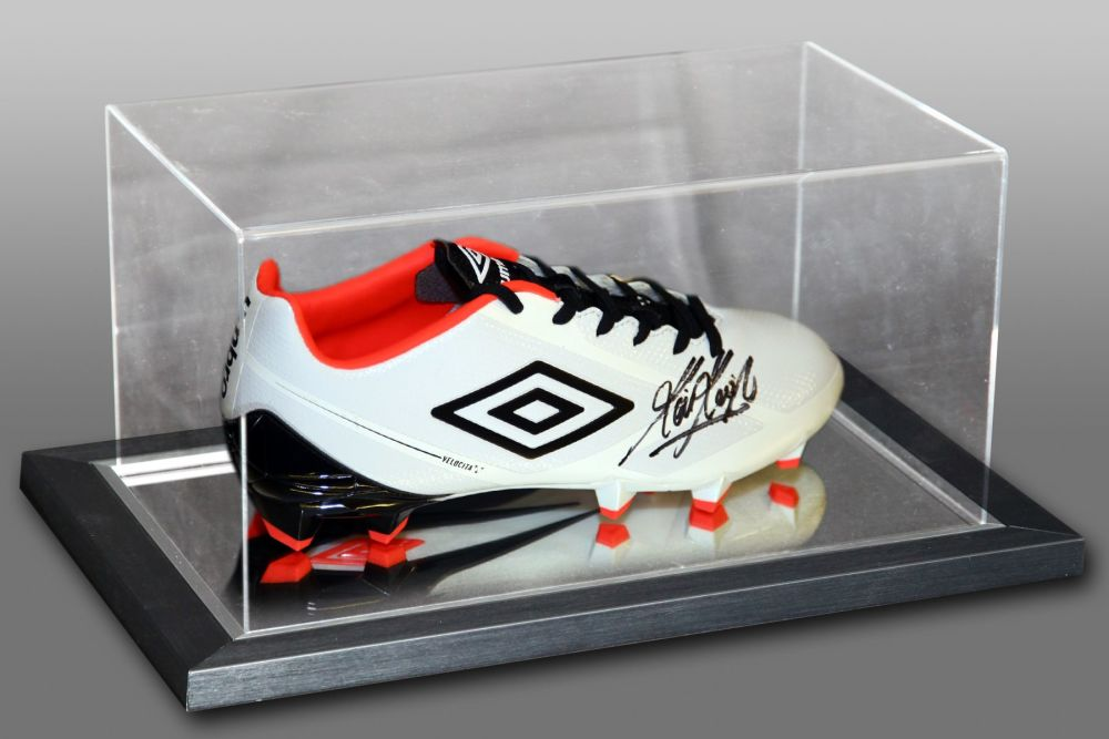 Kevin Keegan Signed Football Boot Presented In An Acrylic Case : A
