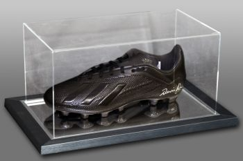 Denis Law Signed Football Boot Presented In An Acrylic Case: A