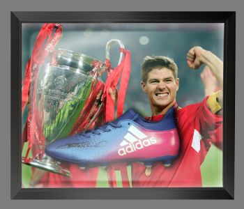Steven Gerrard Hand Signed Football Boot In An Acrylic Dome Frame : A