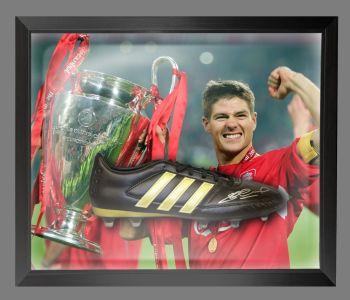 Steven Gerrard Hand Signed Football Boot In An Acrylic Dome Frame : B