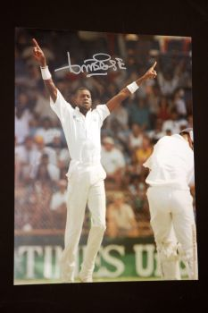 Curtly Ambrose Hand Signed Cricket 12 x16 Photograph : F