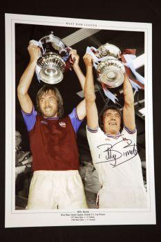 Billy Bonds Signed West Ham United 12x16 Football Photograph