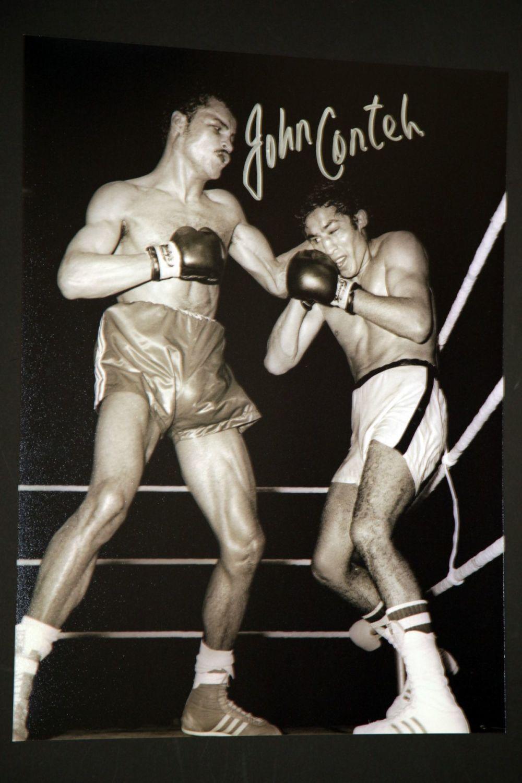 John Conteh Hand Signed 12X16 Boxing Photograph : C