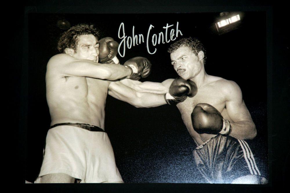 John Conteh Hand Signed 12X16 Boxing Photograph : D