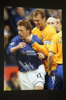 Duncan Ferguson Hand Signed Everton Football 12x16 Photograph : C