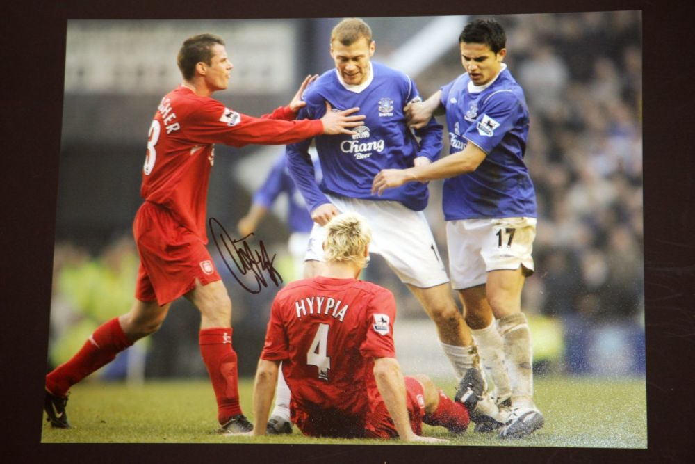 Duncan Ferguson Hand Signed Everton Football 12x16 Photograph : D