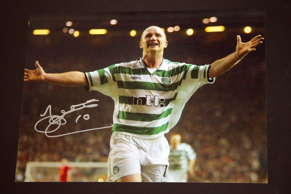 John Hartson Signed Celtic 12x16 Photograph : C