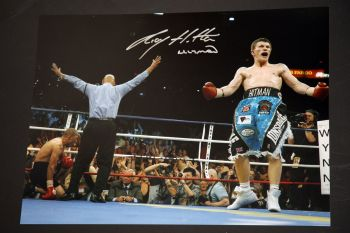 Ricky Hatton Hand Signed 12x16 Boxing Photograph: A