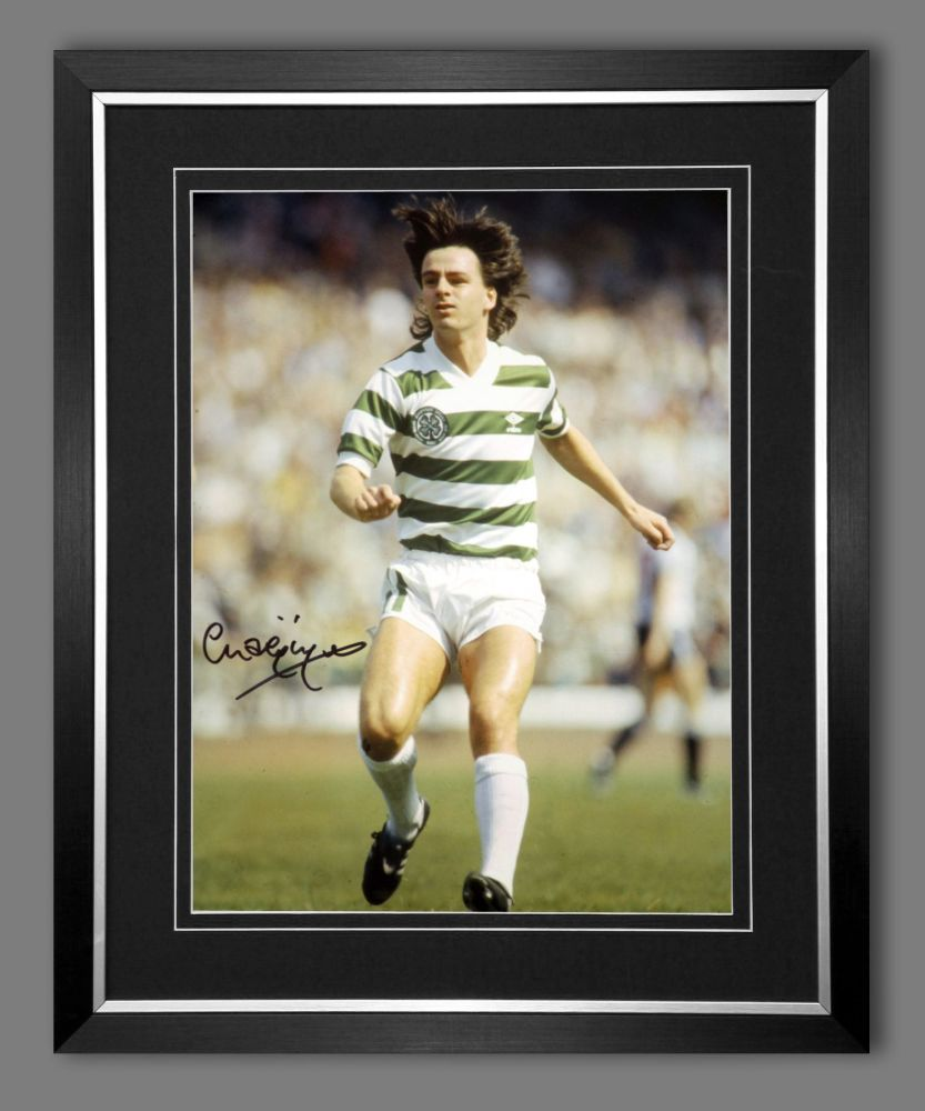 Charlie Nicholas Hand Signed And Framed Celtic Fc Football 12x16 Photograph