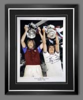 Billy Bonds Signed And Framed West Ham United 12x16 Football Photograph