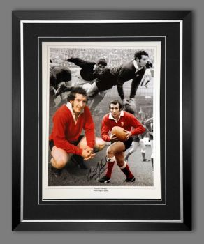 Gareth Edwards Signed And Frames Wales Rugby 12x16 photograph