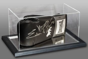 Chris Eubanks Jnr And Billy Joe Saunders Dual Signed Boxing Glove In an Acrylic Case