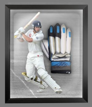 Alastair Cook Signed Cricket Batting Glove Presented  In A Dome Frame