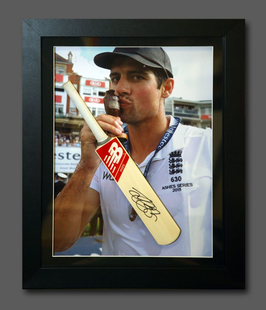 Alastair Cook Signed Cricket Mini  Bat In A  Frame Presentation : A