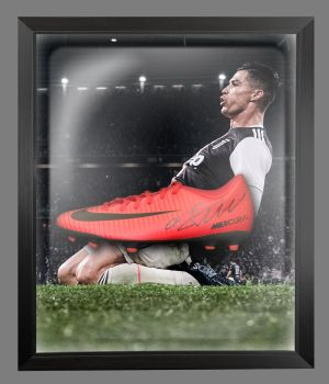 Cristiano Ronaldo Juventus Hand Signed Football Boot in an Acrylic Dome : C