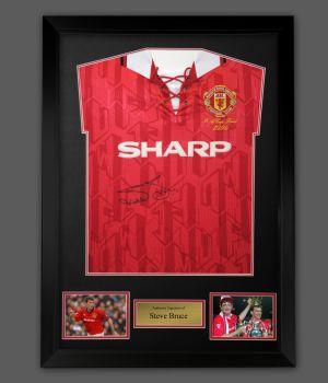 Steve Bruce Hand Signed Manchester United Football Shirt In A Frame.