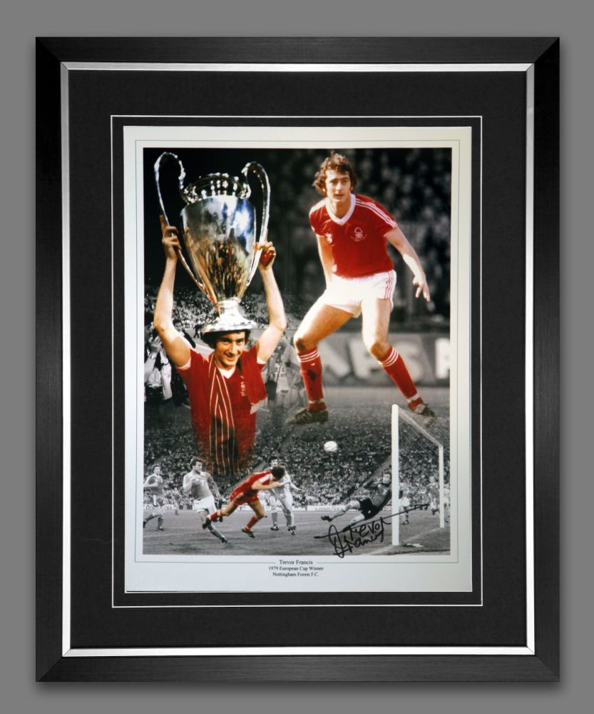 Trevor Francis Signed And Framed Nottingham Forest Cup Celebration Photogra