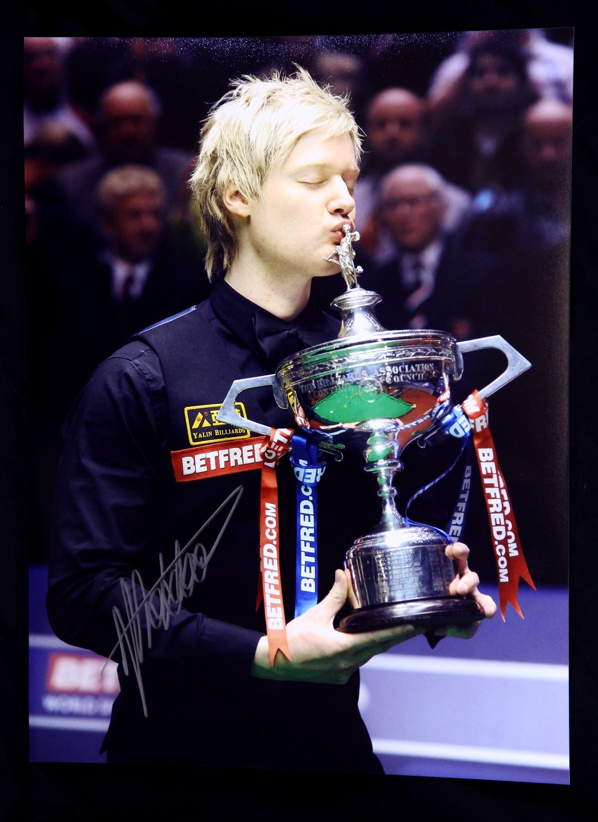 Neil Robertson Signed 12x16 Snooker Photograph
